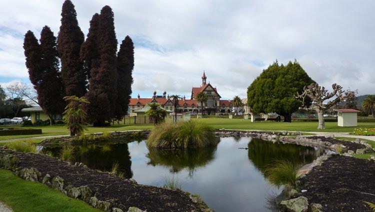 Museo de Arte e Historia de Rotorua en Government gardens