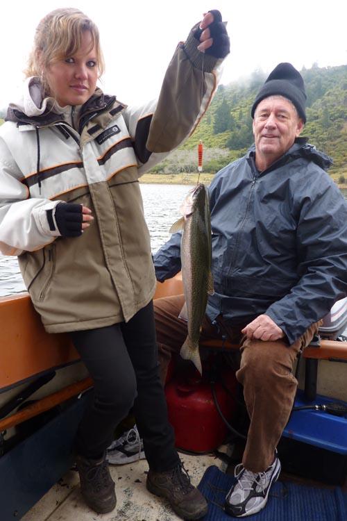 Pescando en Rotorua
