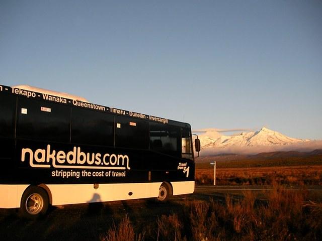 Naked bus, compañía de autobús de Nueva Zelanda
