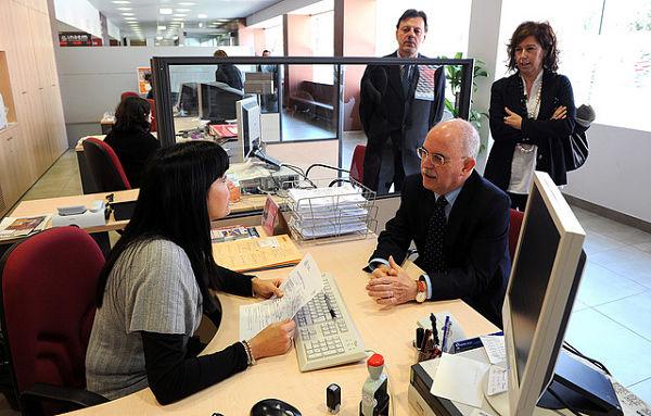 6 pasos para renovar el pasaporte para la working holiday for Oficinas pasaporte madrid